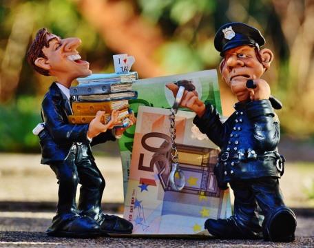Normas fiscales en España contra la evasión fiscal